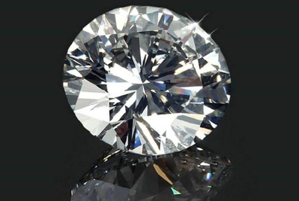 你知道怎么鉴别钻石真假吗?学习钻石原石的鉴别方法