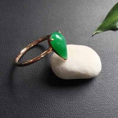 冰种满绿水滴形 翡翠戒指
