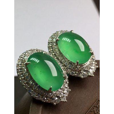 冰绿蛋面 翡翠耳钉  完美大气 色泽艳丽 厚装饱满