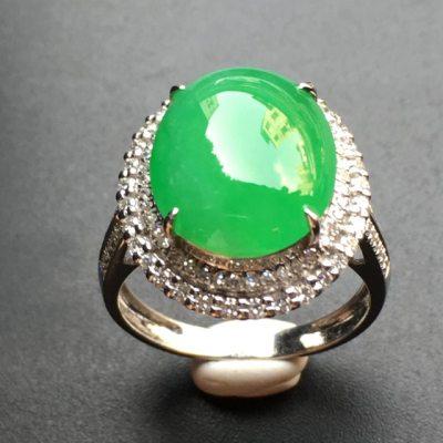 正阳绿蛋面 翡翠戒指 裸石尺寸:13.9*11.34.1