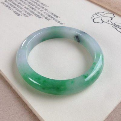 58圈口 冰种阳绿色翡翠平安镯