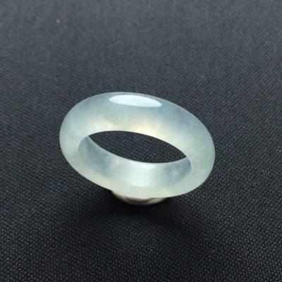冰种晴底翡翠指环